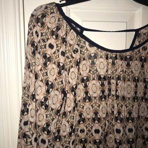 Kaleidoscope pattern blouse